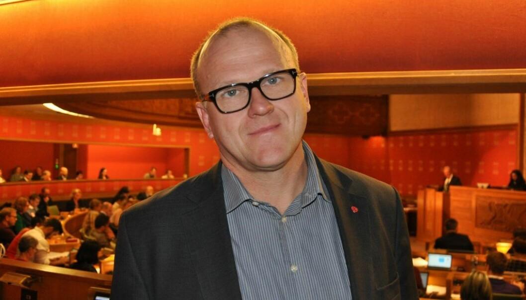 — Vi ønsker ikke å utsette så mange mennesker for potensiell smittefare med de følger det kan få for dem og mange flere, sier leder i Oslo Ap, Frode Jacobsen.