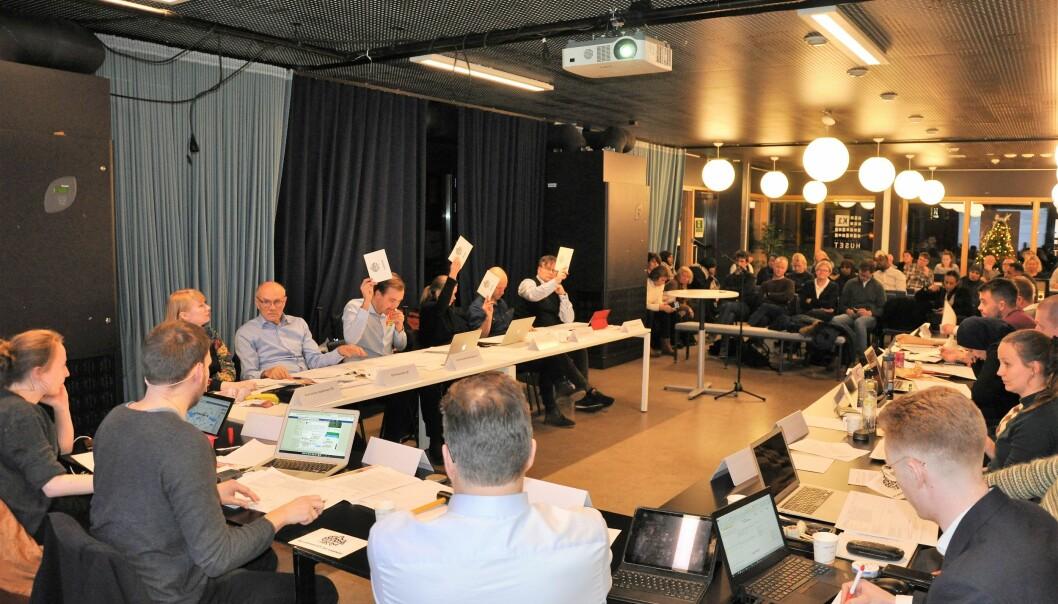 De fleste politiske møter ute i bydelene er utsatt grunnet koronafrykten. Men bydelsutvalgsmøtene vil i flere bydeler bli forsøkt gjennomført digitalt. Avbildet er bydelsutvalget i Gamle Oslo under budsjettmøtet i desember.