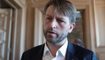 Eirik Lae Solberg (H) kritiserer pengebruken til byrådet under koronakrisen.