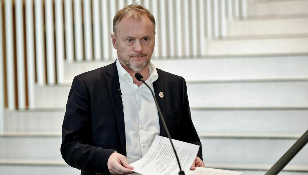 Byrådsleder Raymond Johansen varsler strengere tiltak for å håndtere spredningen av koronaviruset i Oslo.