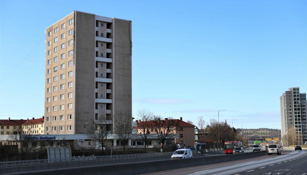 Beboerne i denne blokka på Teisen i Oslo er blitt flyttet til hotell.
