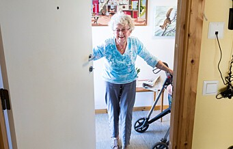 - Bør ikke eldre holde seg hjemme under koronapandemien?