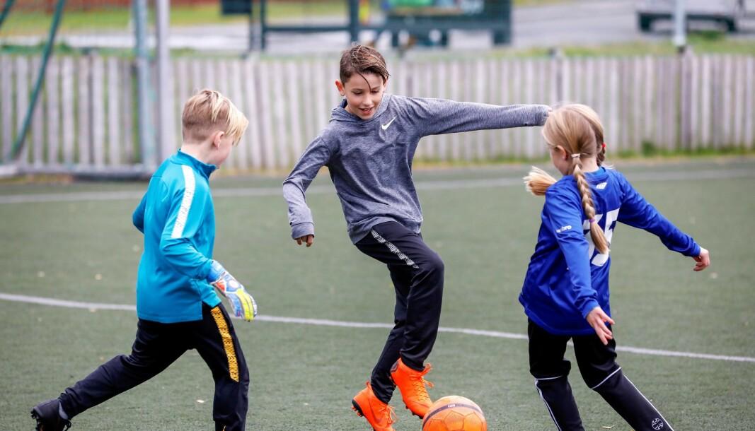 Fra fredag var det igjen mulig å benytte kommunens idrettsanlegg til egentrening i små grupper.