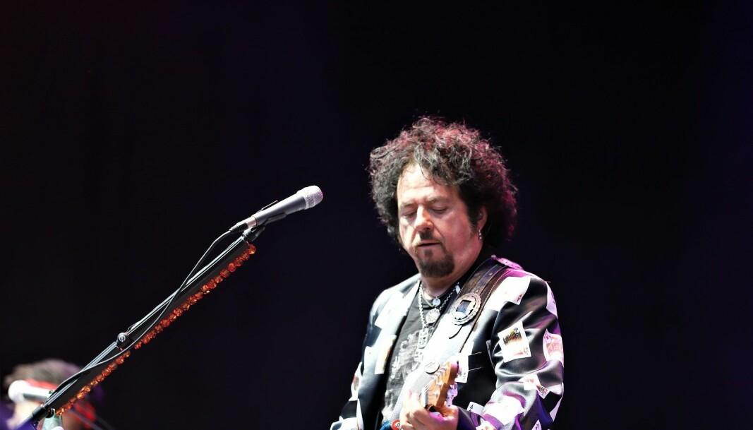 I fjor spilte Steve Lukather og reste av TOTO på Over Oslo. I år blir det stille i Grefsenkollen.