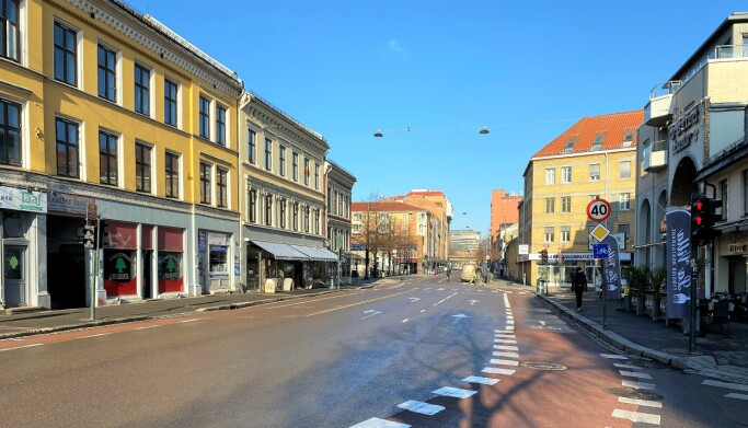Tirsdag var gatene på Grønland nesten folketomme.