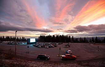 I går var det filmpremiere på Norges største drive-in-kino på Tryvann