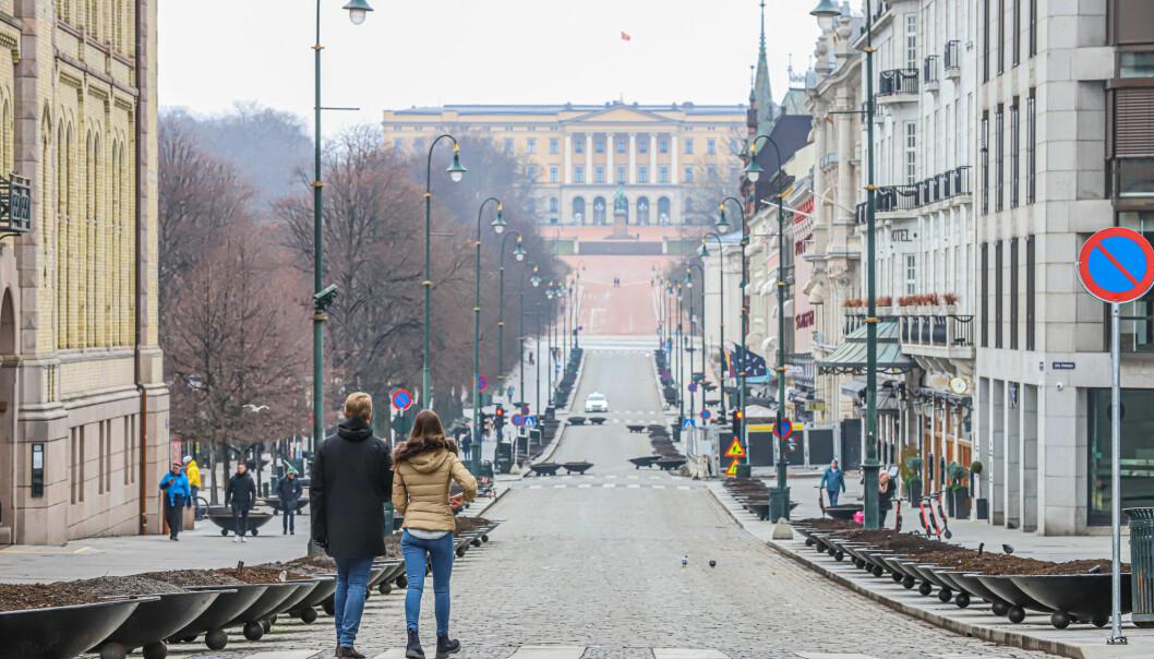 Vi kommer nok alltid til å huske 2020 som annerledesåret, sier Rune Kvernmo. Her fra et folketomt Karl Johan.