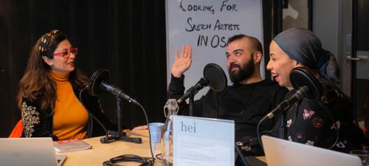 Tre kvinner med innvandrerbakgrunn har laget en podcast om å etablere seg i Norge