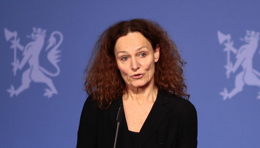 Direktør i Folkehelseinstituttet Camilla Stoltenberg opplyser at Folkehelseinstiuttet og Helsedirektoratet nå møter Oslo kommune nesten daglig for å diskutere situasjonen.