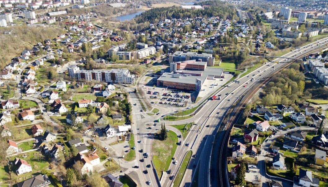 Langs E6 forbi Høyenhall, Bryn og Manglerud er Manglerudtunnelen planlagt å gå.