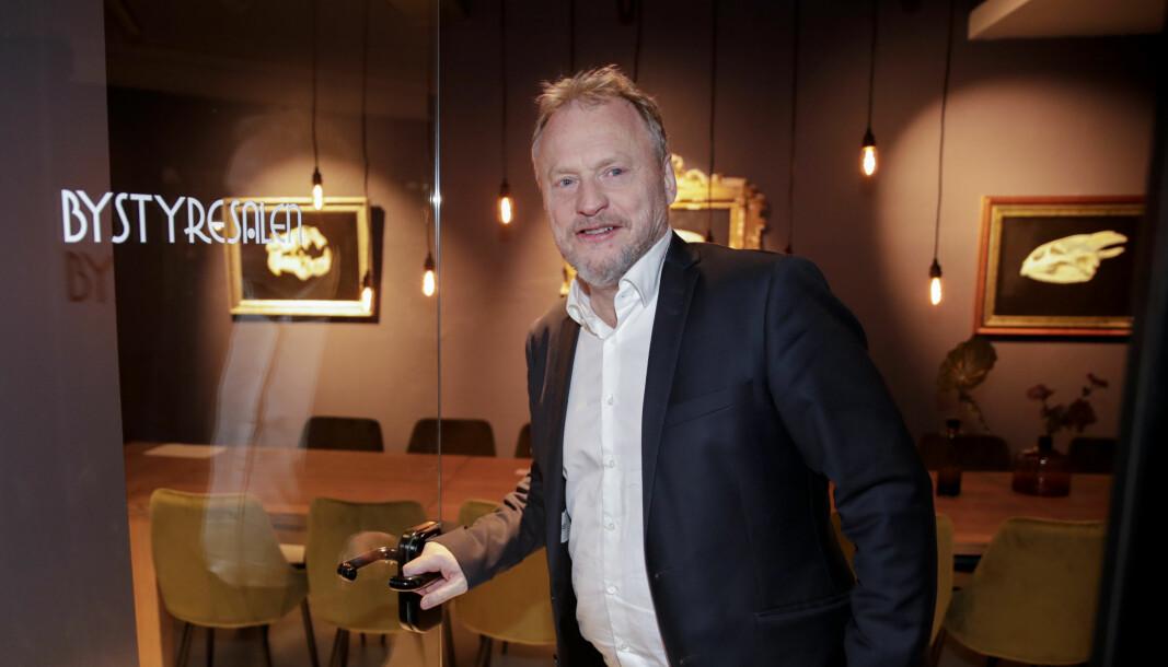 — Bransjen er opptatt av tydelige retningslinjer, sa Raymond Johansen (Ap) da han i bytyrets digitale møte sa Oslos skjenkeforbud løftes tidlig i mai.