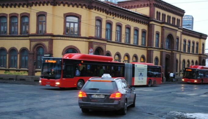 Sprøyterommet i Storgate er stengt under koronakrisa. Det skaper utfordringer for byens åpne rusmiljø.