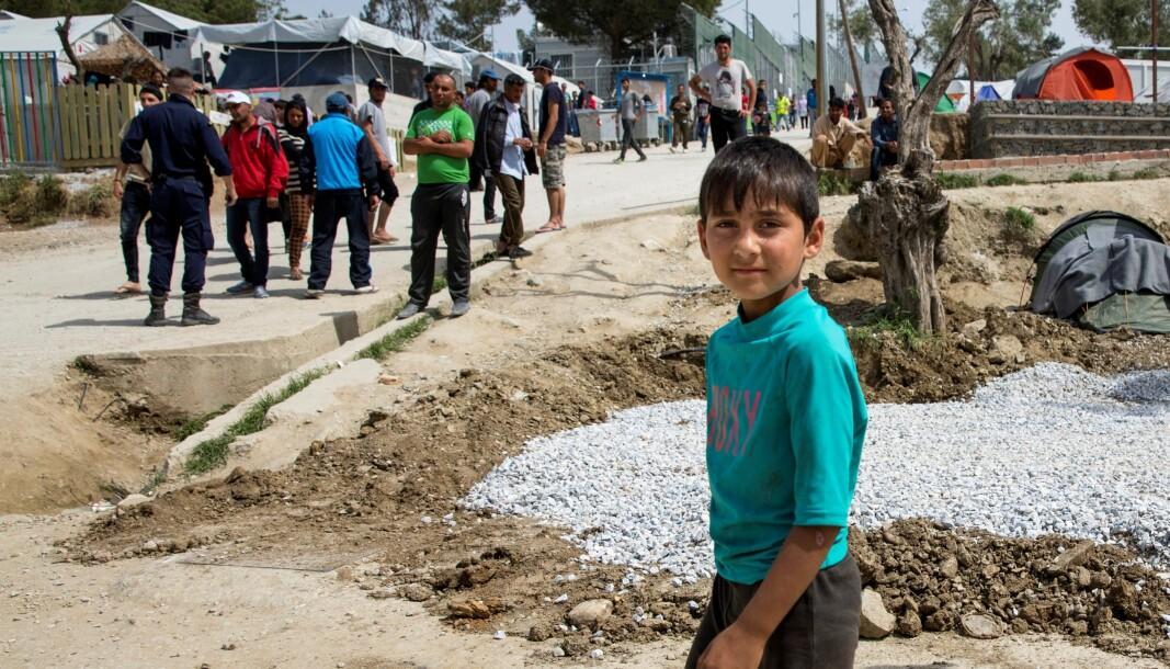 — Det pågår en humanitær katastrofe i Europa der 22.000 mennesker, blant dem 7.000 barn, lever under høyst uverdige forhold, sier Venstres Hallstein Bjercke.