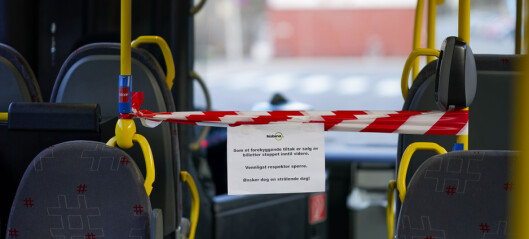 Strengere smitteverntiltak i kollektivtransporten. Kan sperre halvparten av setene og kjøre forbi holdeplasser