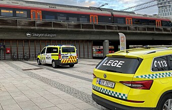 Etter fire og en halv time fikk politiet fjernet mann fra sporene ved Skøyen stasjon