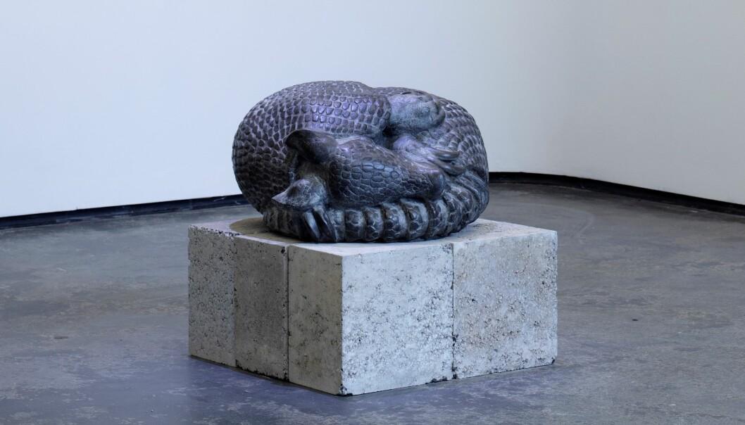 """""""Sovende beltedyr"""" laget i 1999 av kunstner Elena Engelsen er kjøpt inn og vil plasseres ut snart i en barnehage."""