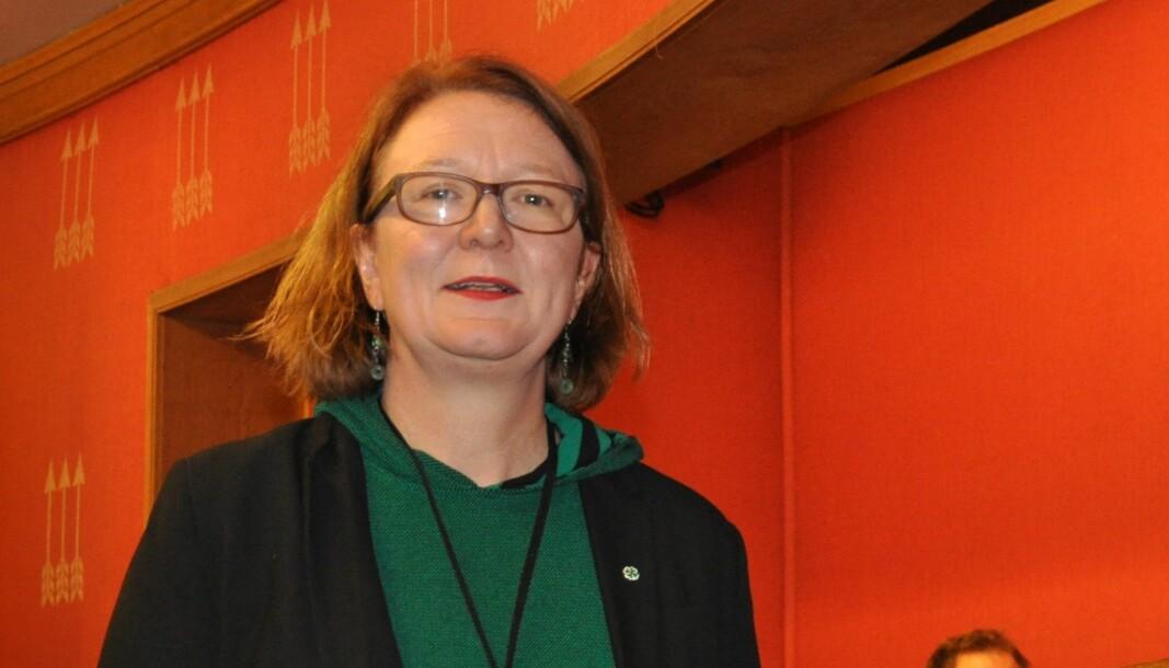 – Under budsjettbehandlingen i desember vedtok vi at husleie i kommunale boliger ikke skal øke i 2020, sa Bjørg Sandkjær (Sp) da hun krevde svar på hvorfor Lars Poverud likevel fikk husleieøkning.