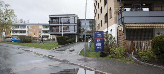 Helsedirektoratet ber sykehjemmene la pårørende besøke sine døende
