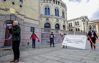 Aksjonister i lenke fra Y-blokka til Stortinget