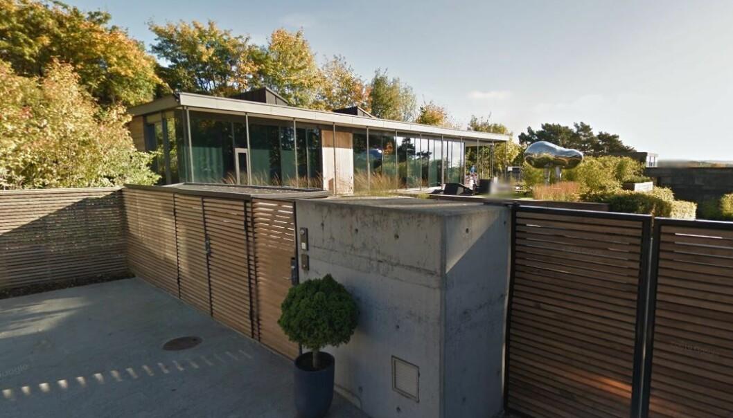 Bak dette gjerdet i P.T. Mallings vei på Bygdøy ligger landets dyreste villa gjennom tidene.