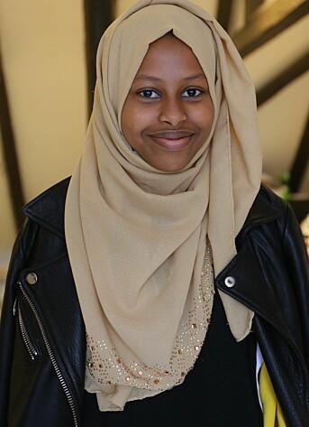 – Vi var ti stykker med ulike meninger, men med felles interesser. Det gjorde samholdet spennende, sier Idil Hassan Mahamed (17).