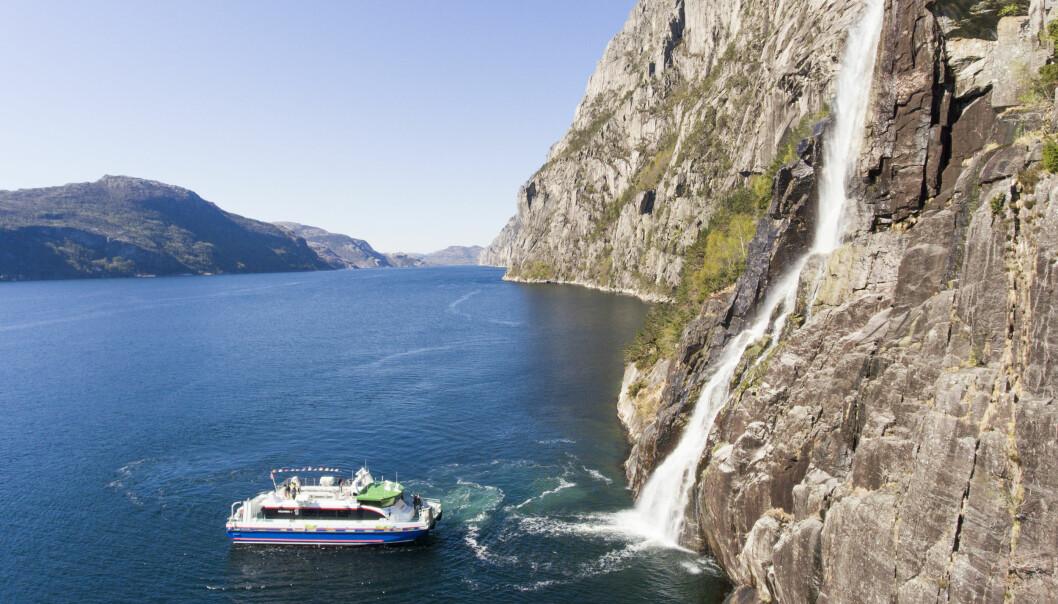 Fjordcruise i Lysefjorden med Rødne Fjord Cruise.