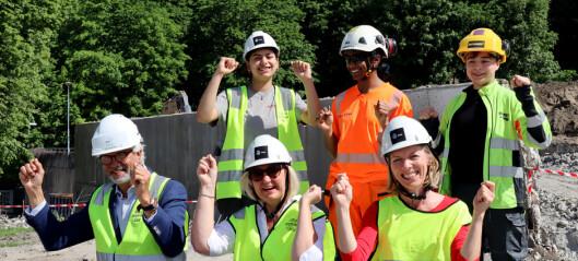 Vil ha minoritetsungdom og jenter med på bygging av det nye Tøyenbadet: - Byggingen skal speile mangfoldet i byen