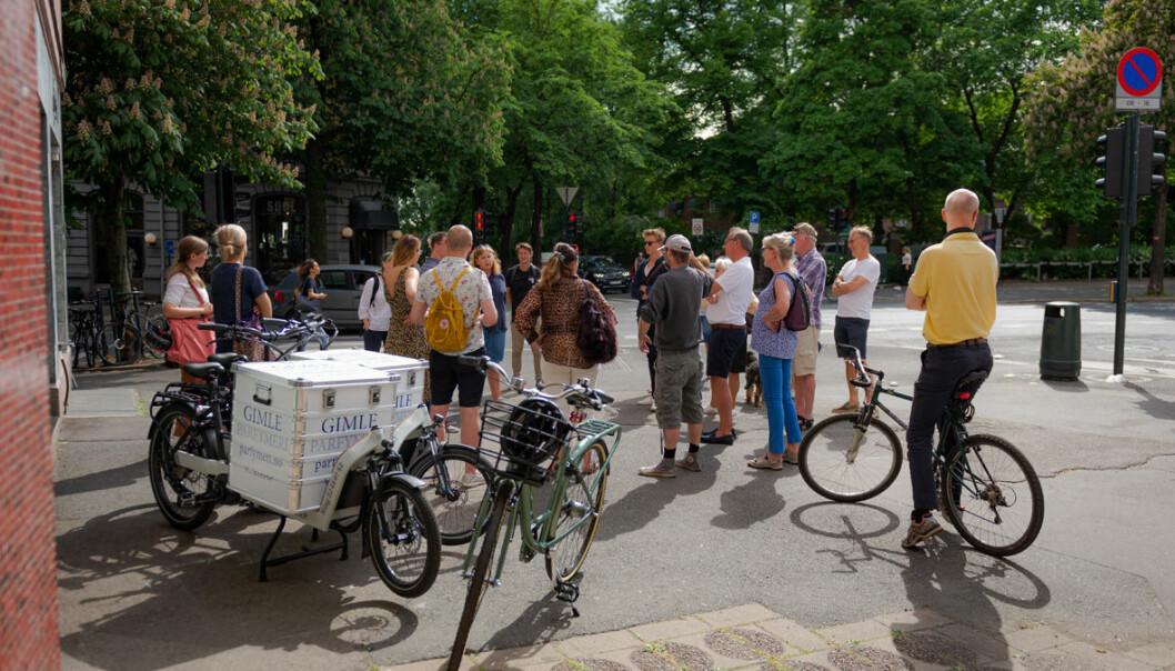 Bystyrets miljø-og samferdselsutvalg på befaring i krysset Frederik Stangs gate og Bygdøy allé.