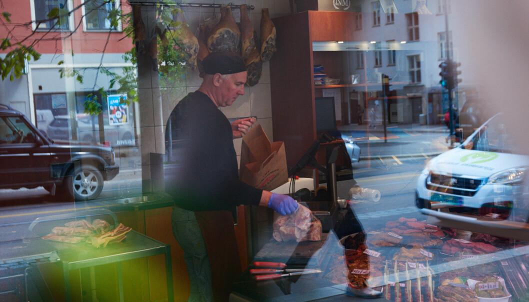 Strøm-Larsen er en skikkelig tradisjonsbutikk og en av de få rene slakterbutikkene igjen i byen.