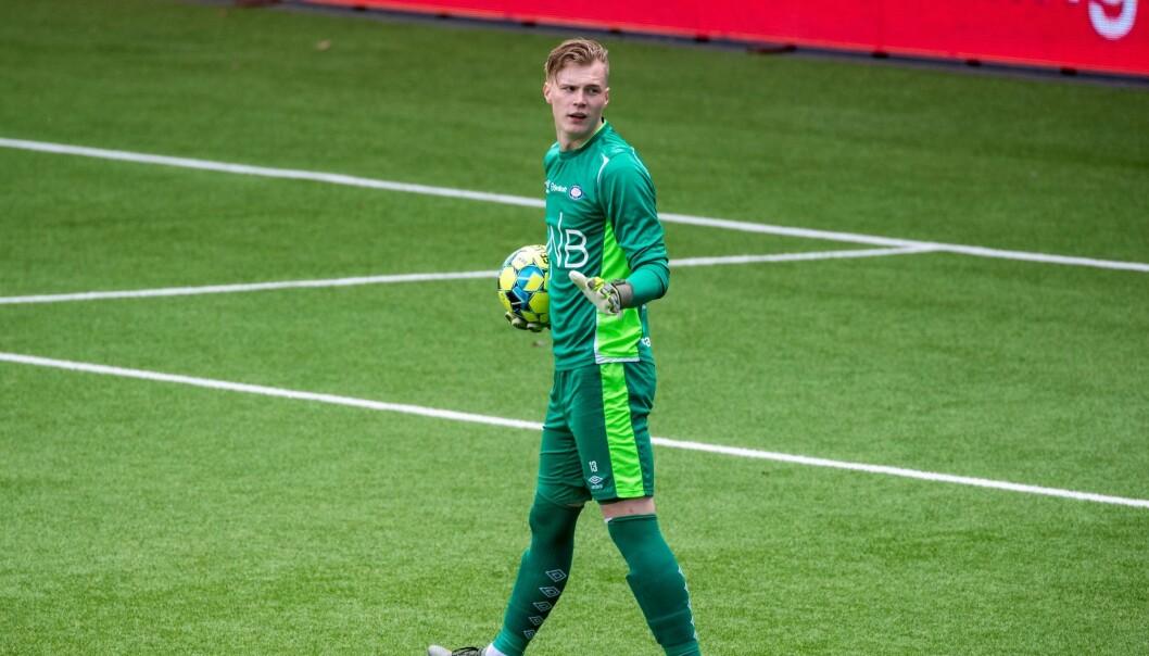 19-åringen Kristoffer Klaesson voktet VIF-målet mot Bodø/Glimt, og danker trolig ut veteran Adam Larsen Kwarasey i serieåpningen.