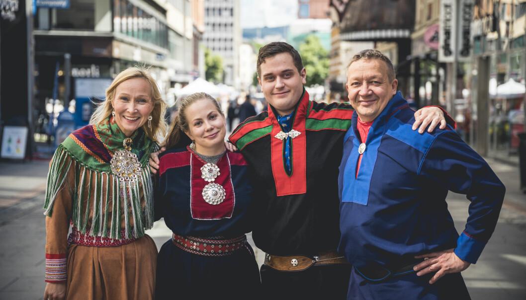 Bilde fra venstre: Mona Tornensis Hornæs, Aili Guttorm, Piera Heaika Muotka og Tor-Gunnar Nystad.
