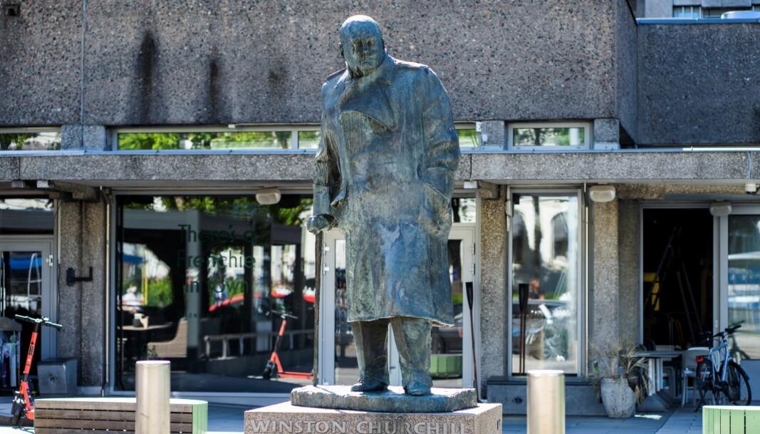 Det pågår en kampanje for å fjerne statuen av Winston Churchill ved Solli Plass.