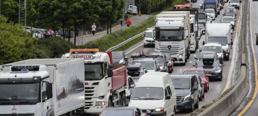 – Fjern bompengene og gjenåpne byen for privattransport. Bilistene hindrer smitte