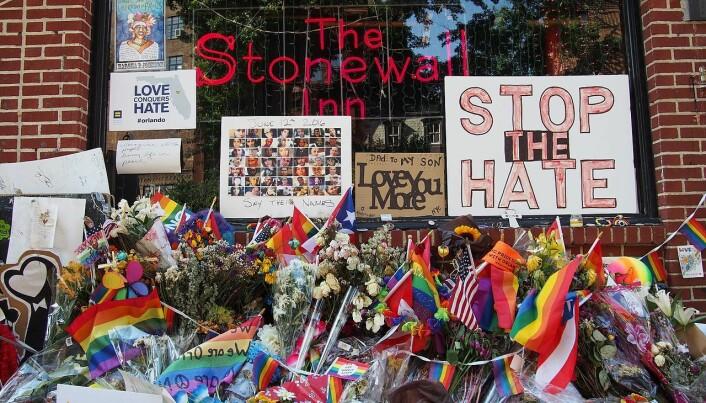 Det blir debatt om tradisjonen fra Stonewall og hvordan homokampen videreføres i dag.