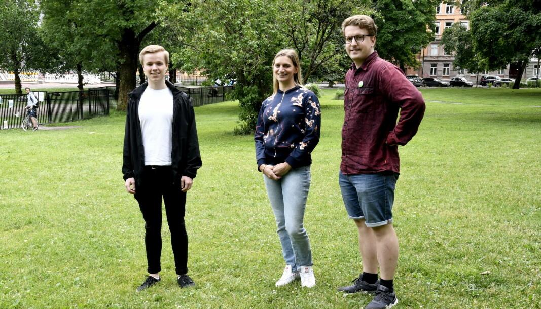 Vemund Rundberget (t.v), Jane Vogt Evensen og Geir Storli Jensen er alle glade for at bydelsutvalget på Grünerløkka nå blar opp en million til strakstiltak i Sofienbergparken øst.