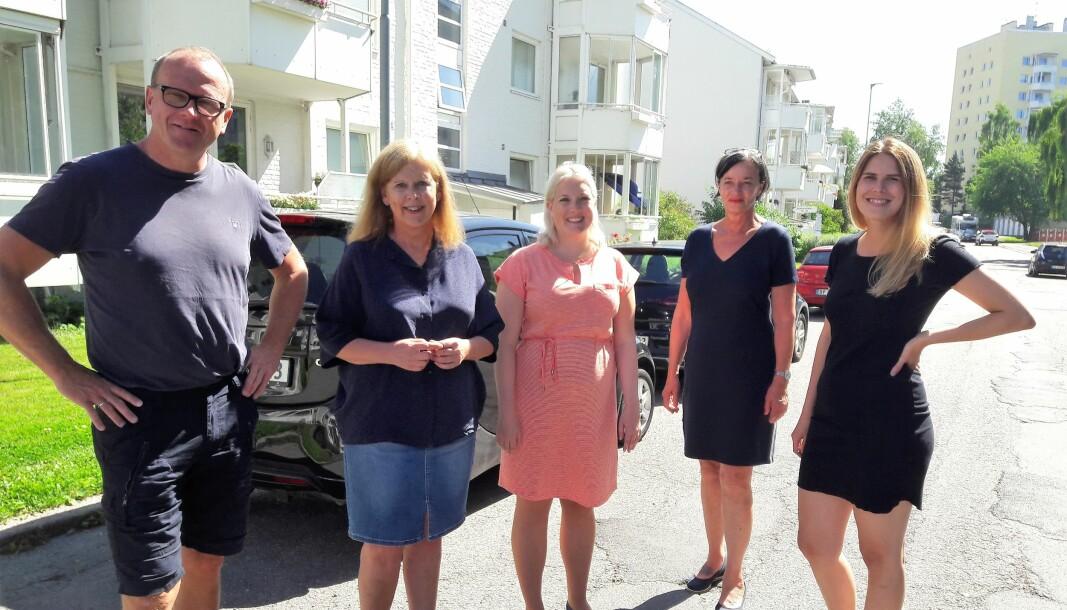 Fra venstre på bildet, gruppeleder for AP, Frode Jacobsen, Frps gruppeleder i bystyret, Camilla Wilhelmsen, leder i Oslo Frp Aina Stenersen, fungerende gruppeleder for SV, Trine Dønhaug og gruppeleder i MDG, Sirin Stav. Alle sammen for en gangs skyld helt enige.