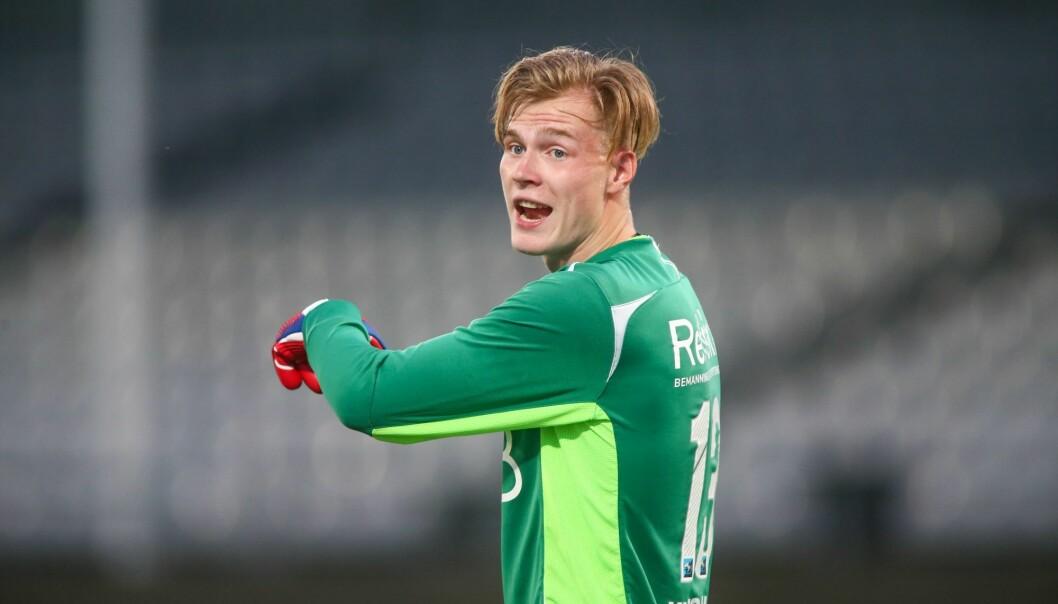 19-årige Klaesson fikk tillit som Vålerengas førstekeeper før sesongen, men bemerket seg med flere svake involveringer i Skien.
