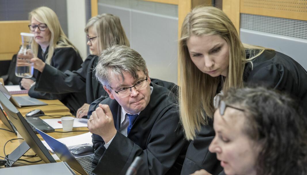 Bistandsadvokatene til de fornærmede under rettssaken mot Gaute Drevdal (50), som i dag ble dømt til 13 og et halvt års fengsel for en rekke voldtekter og overgrep. Forsvarer Elisabeth Myhre varsler allerede nå at voldtektsdommen mot Drevdal vil bli anket til lagmannsretten.