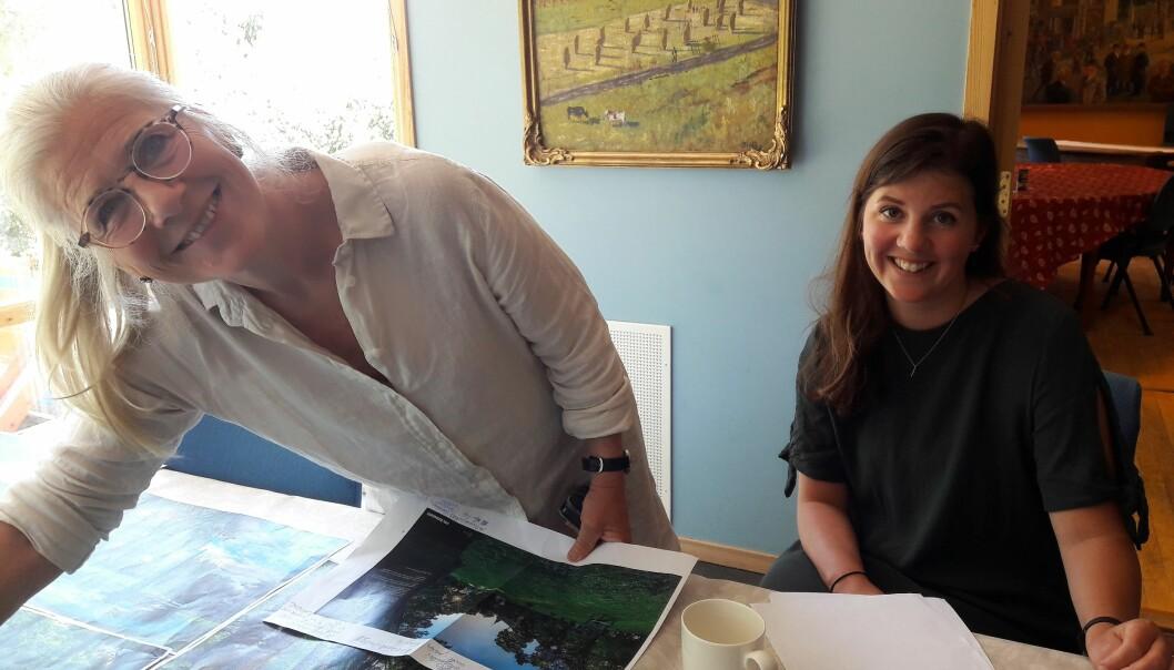 Linken Apall-Olsen og Hanna Gogstad ved Oslo museum -Bymuseet har gjort alt klart for fotoutstilling på Frogner Hovedgård