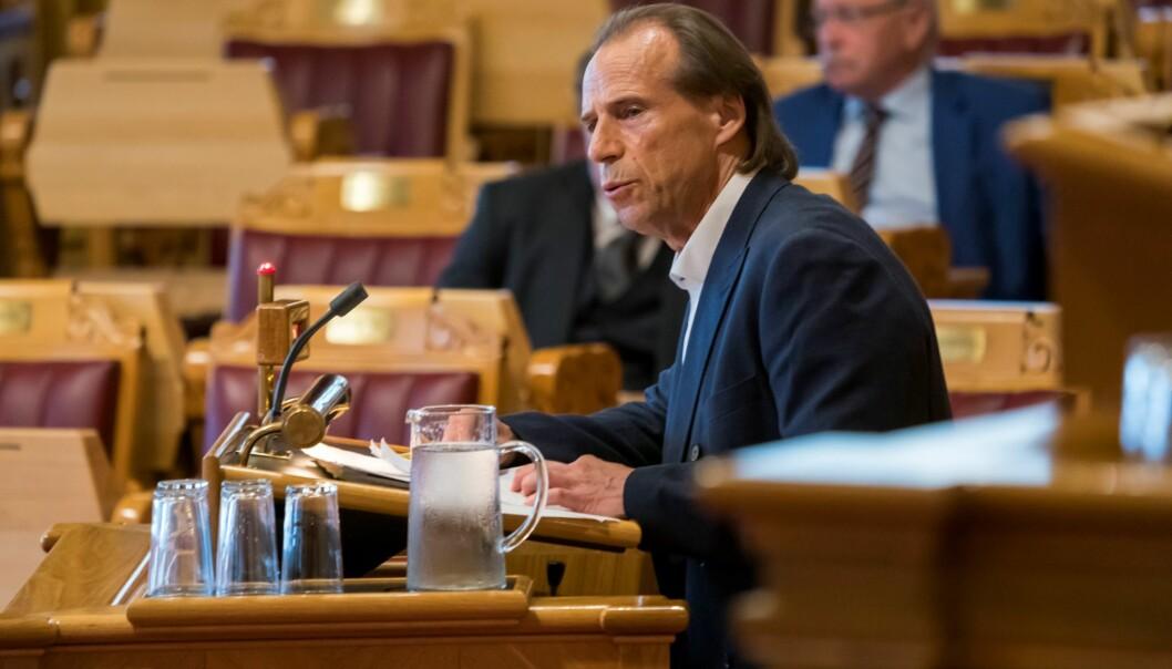 Jan Bøhler (Ap) skriver på Facebook at anonyme partikamerater i Oslo Arbeiderparti jobber mot at han renomineres til Stortinget