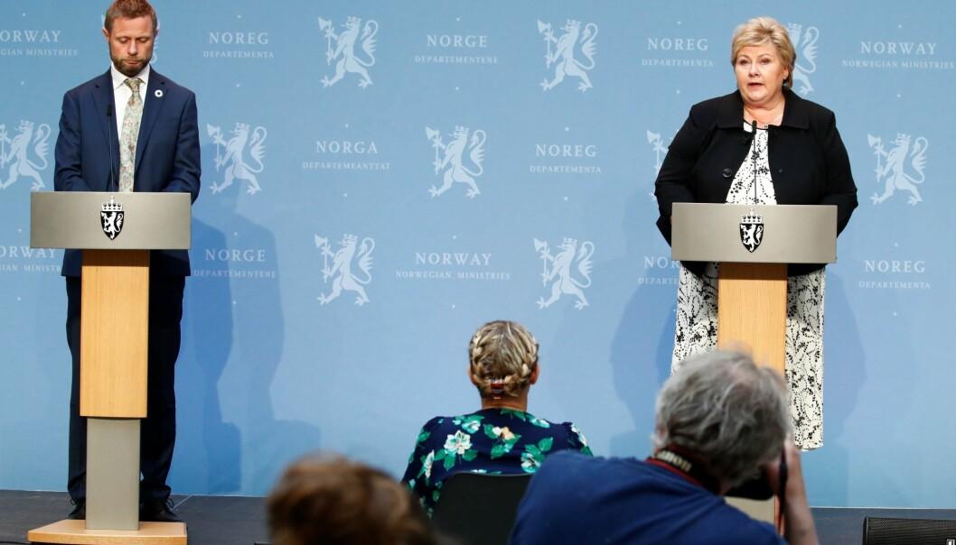 I april nedsatte statsminister Erna Solberg (H) og helseminister Bent Høie (H) en uavhengig granskningskommisjon for å kartlegge myndighetenes håndtering av koronakrisen.