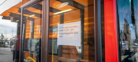 Sporveien om nye regler: - Fremste bussdør holdes fortsatt stengt. Sitteplasser prioriteres fremfor ståplasser