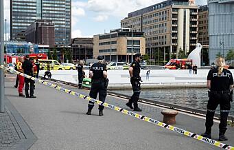 Truende mann utløste stor politiaksjon ved Operaen. Elektrosjokkvåpen brukt mot mannen