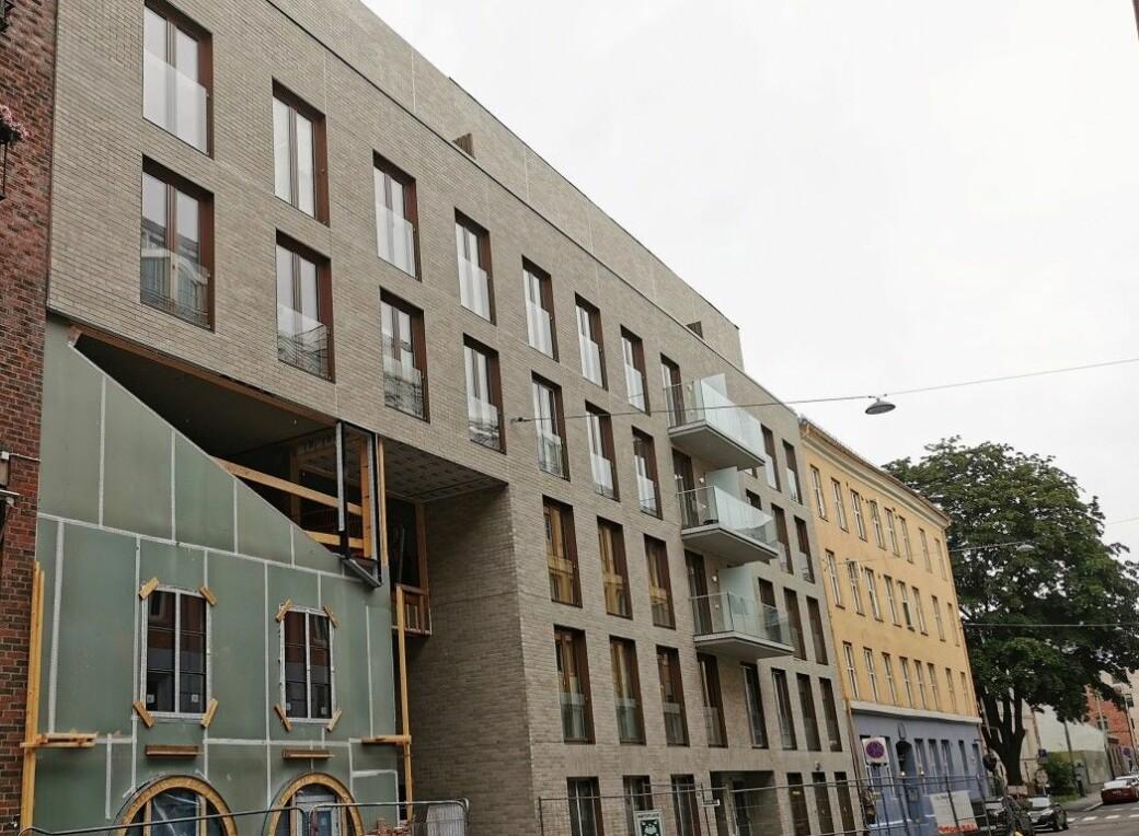 Mariboes gate 14-16 bærer preg av pågående byggearbeider.