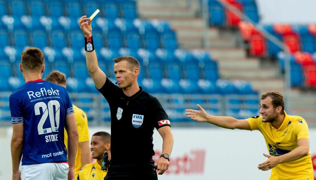 Benjamin Stokke ble ikke bare matchvinner. VIF-helten pådro seg også et gult kort.