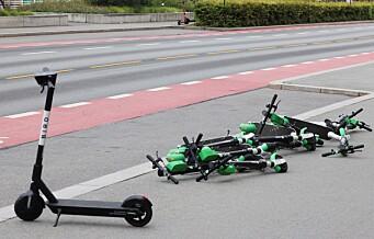 Handikapforbundet krever regulering: - Fortvilte medlemmer opplever at gatene er sperret av elsparkesykler