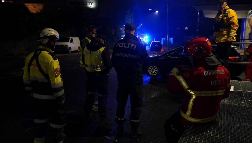 Storutrykning av brannvesen og politi til Malerhaugveien i natt.