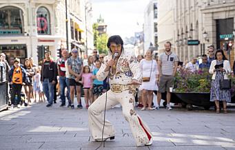 Kjell Elvis er halvveis til verdensrekord i Elvis-synging: – Elvis lever