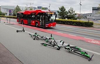Oslo kommune samler inn elsparkesykler. Regningen sendes til selskapene