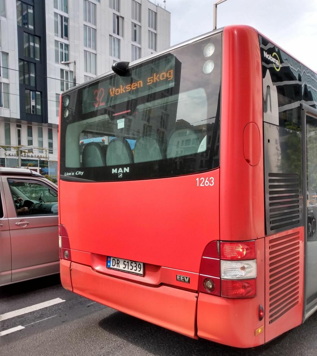 32-bussen kjører en lang strekning gjennom byen. Anne Marte Løkke er glad for at de var i lav hastighet gjennom Gamlebyen da hendelsen skjedde.